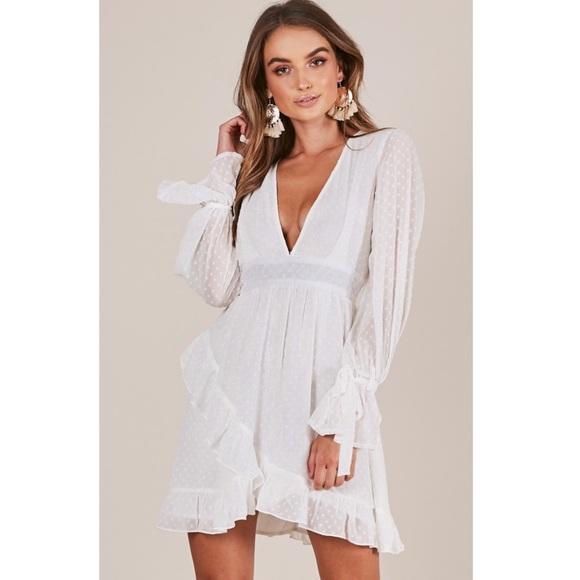 03a3751e4a SHOWPO White Dress 😍